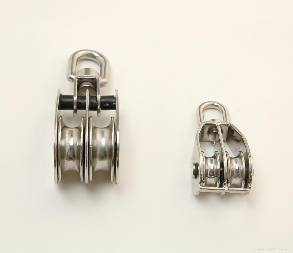 S.s. Swivel Eye Pulley Double Sheaves Aisi:304 Or 316